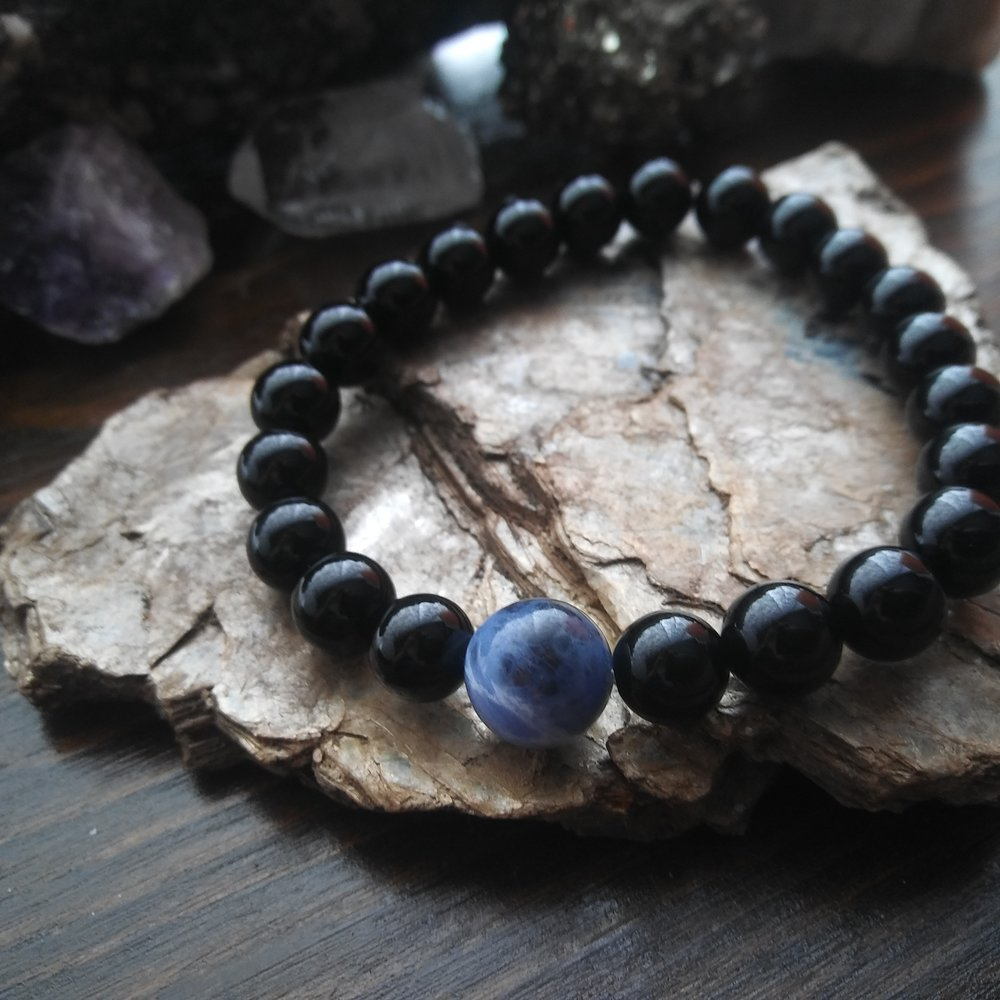 Black Onyx - the protection stone - Aura gemstone bracelet