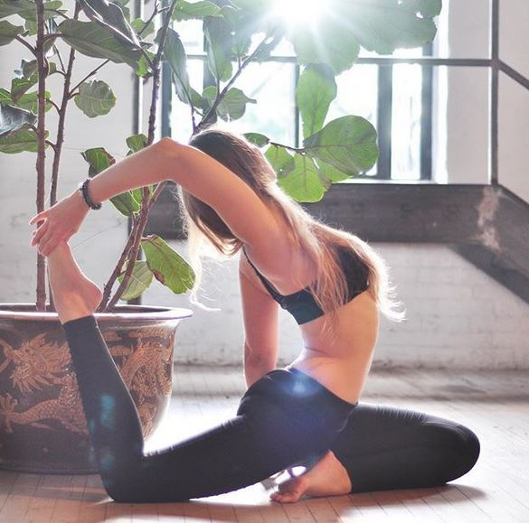 Soak in that sunshine - Toronto's yoga darling, Darya