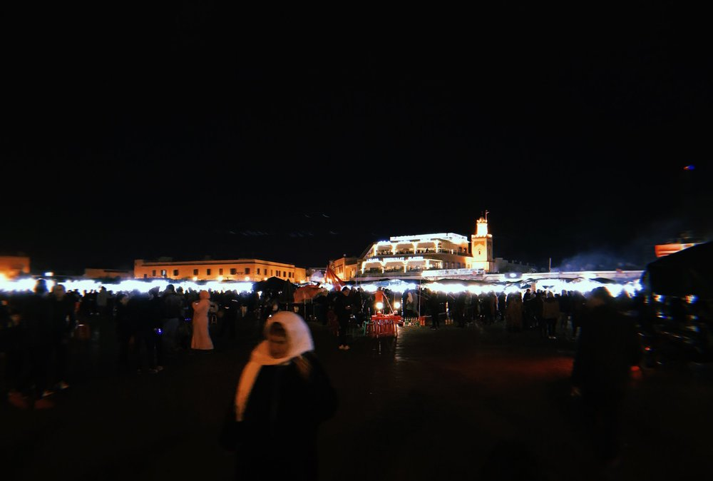 ตลาดนัดตอนกลางคืนใจกลางเมืองmarrakesh