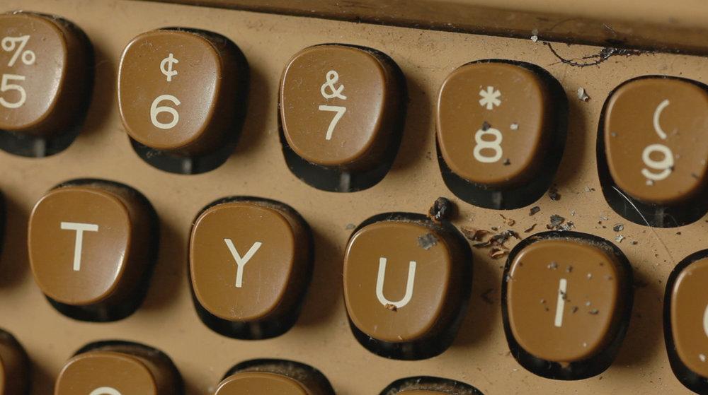 WEB_typewriter_THEDUEL_grab.jpg