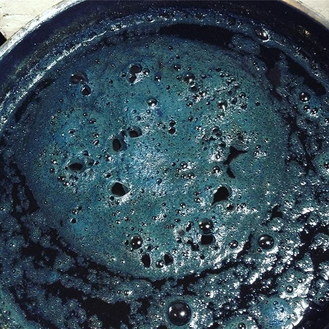 I am waking my #organicindigovat up after a long nap...soon will be immersing again.. Stay tuned... . .  #indigo #naturaldye #plantcolor #slowfashion #petalunacollection2018 #petalunacollection