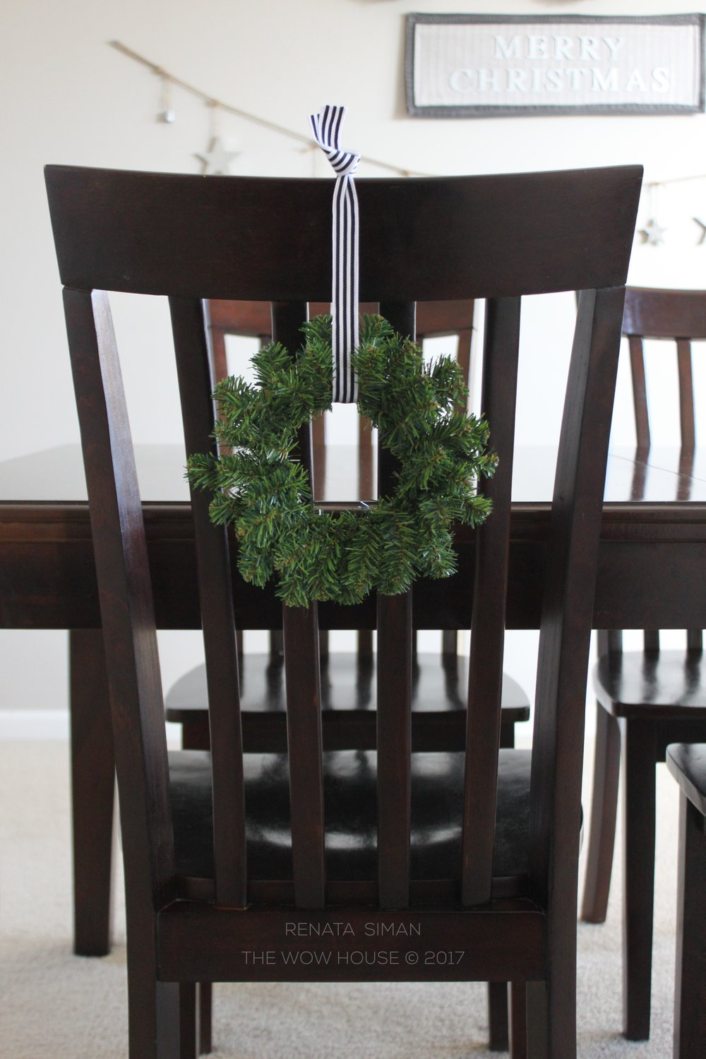 If You Want A Temporarily Different Look For Your Dining Room Chairs But Dont Really To Dress Them In Slipcovers Adorn With Plain Mini Wreaths