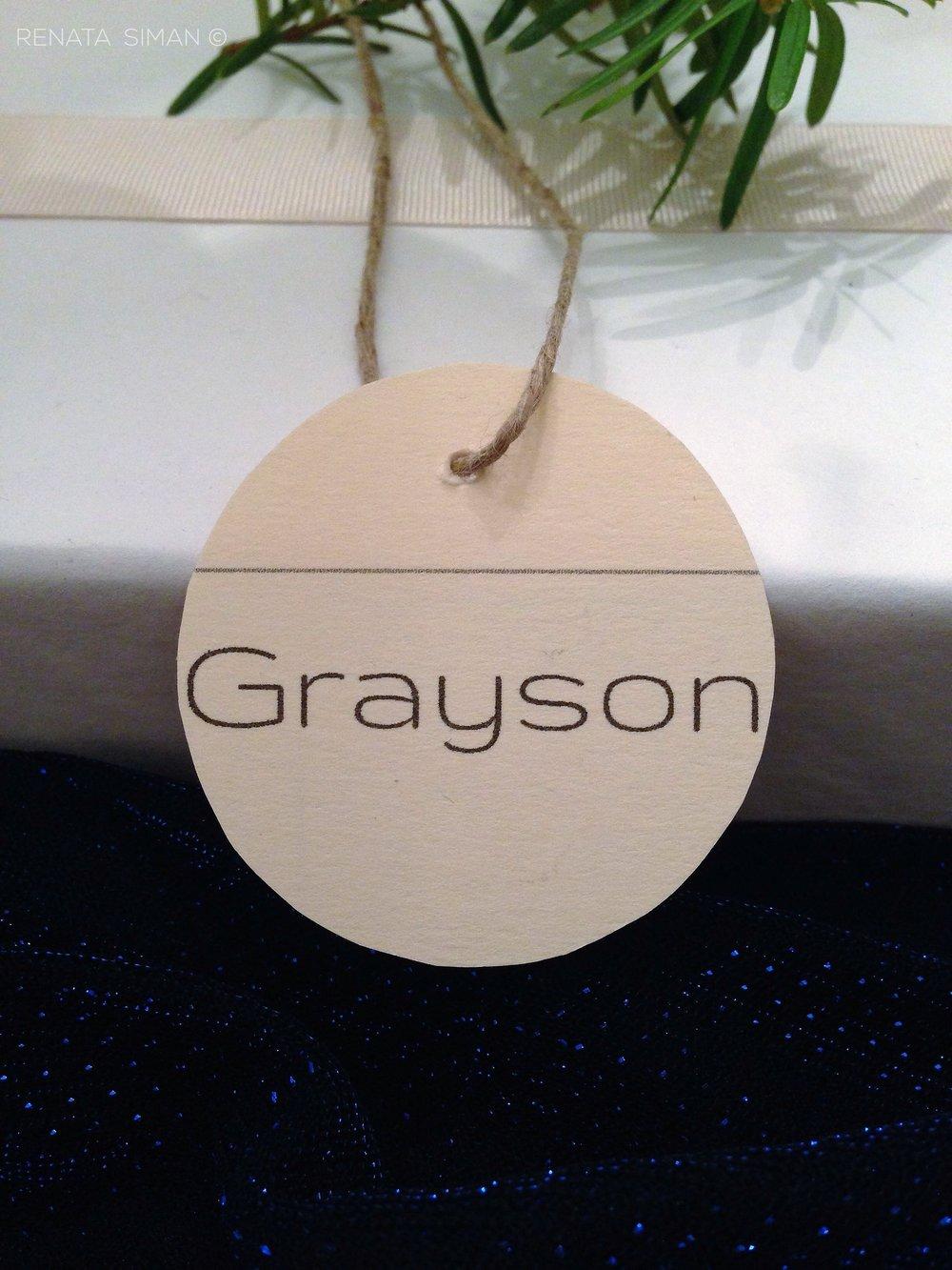 DIY name tags. Customizable a million ways! Ok, a hundred.