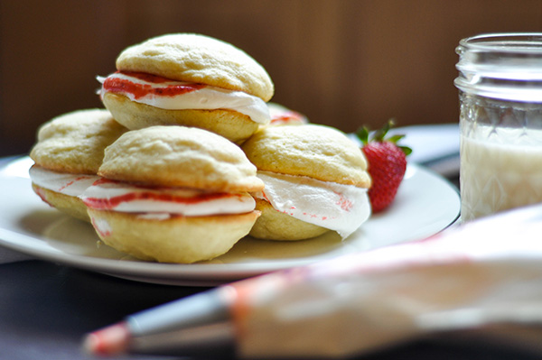 Roasted Strawberry Almond Whoopie Pies