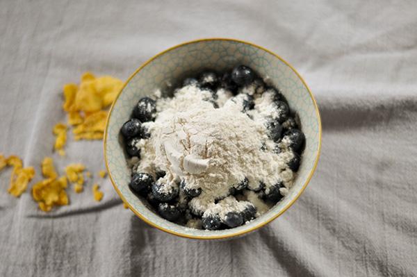 Blueberry Cornflake Muffins_blueberries.jpg