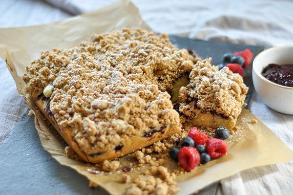Mixed Berry Crumb cake_slice out 2.jpg