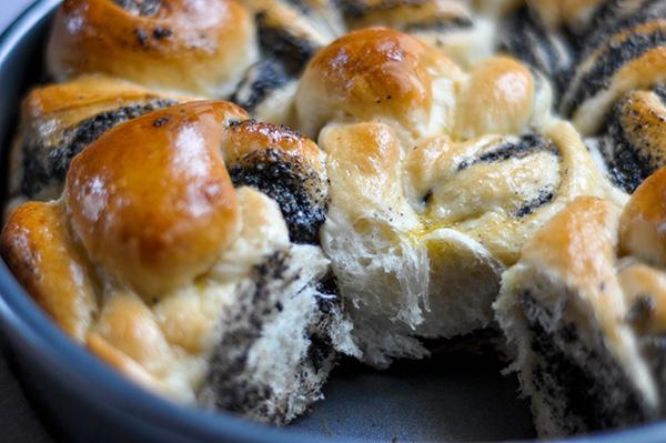Black Sesame Milk Bread Rolls_ripped_texture ECU.jpg