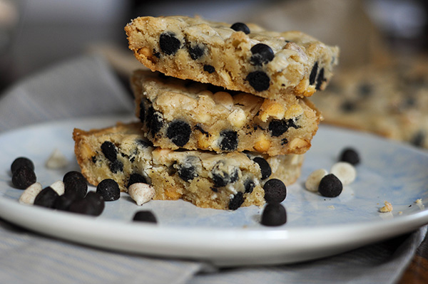 Cookies and Cream Blondies_3 stacked 2.jpg