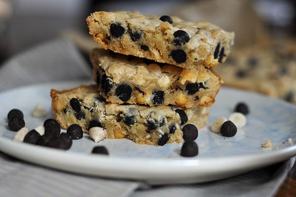 Cookies and Cream Blondies_3 stacked 2.jpg