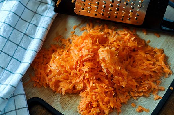 Creepy Carrot Cake_Grated Carrot.jpg