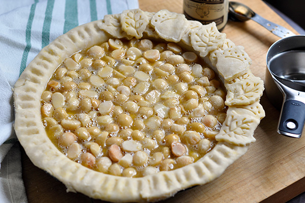 Vanilla Bean Macadamia Nut Pie_filled-0158.jpg