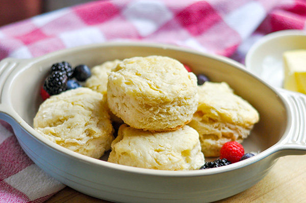 Copycat Sunrise Biscuit Buttermilk Biscuit_plated-0088.jpg