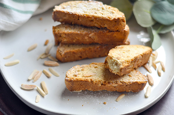 Almond Anise Biscotti_plated bite-0059.jpg