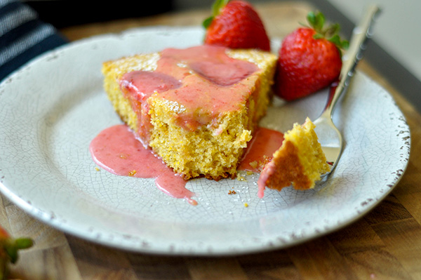 Strawberry Cornmeal Skillet Cake_forkfull-0068.jpg