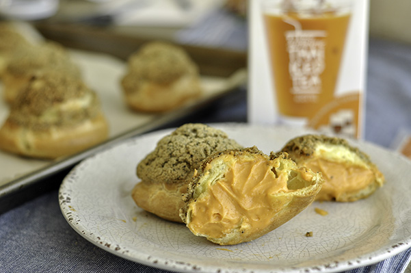 Black Sesame Thai Tea Cream Puffs_split puff.jpg