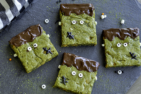 Matcha Butterscotch Franken-Blondies_group photo.jpg