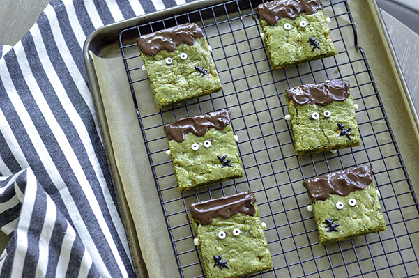 Matcha Butterscotch Franken-Blondies_wide rack.jpg