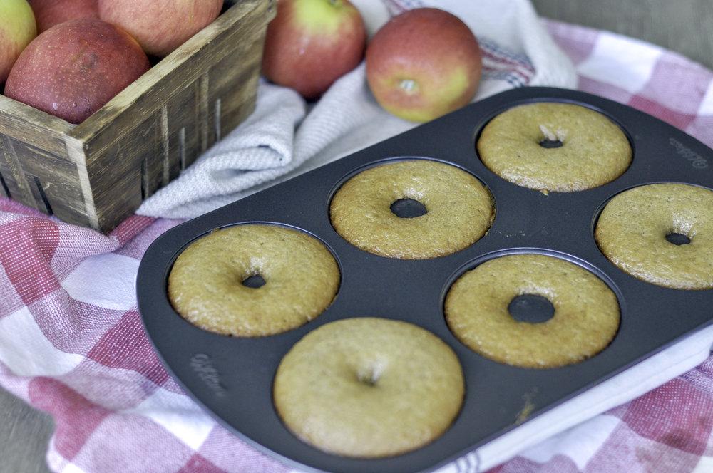 Boiled Apple Cider Donuts_baked.jpg