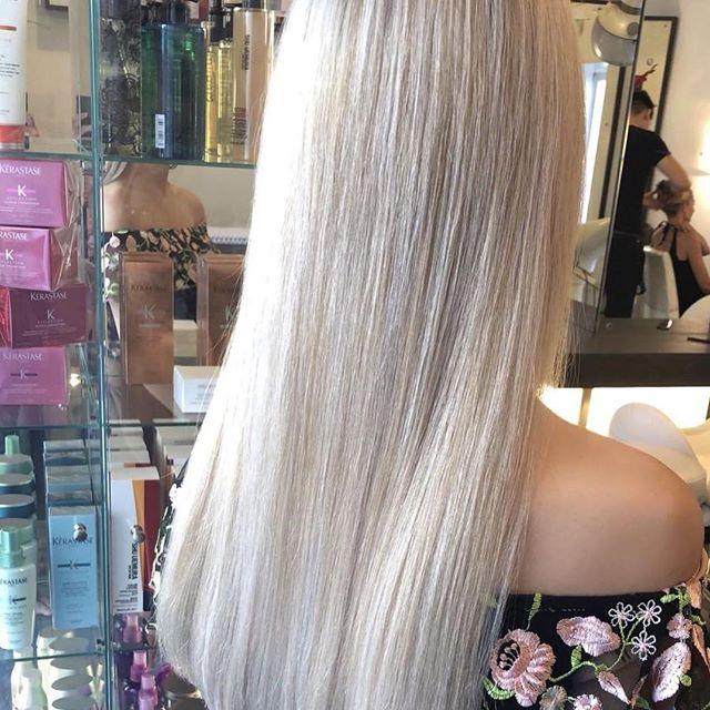 #whiteblonde #blondehair #balayage #smartbond #loreal #haircolor #longhair #hair