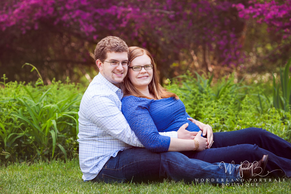 Newtown PA Maternity Photographer, Red Head maternity, Wrap pregnancy ideas, WonderlandPortrait.com