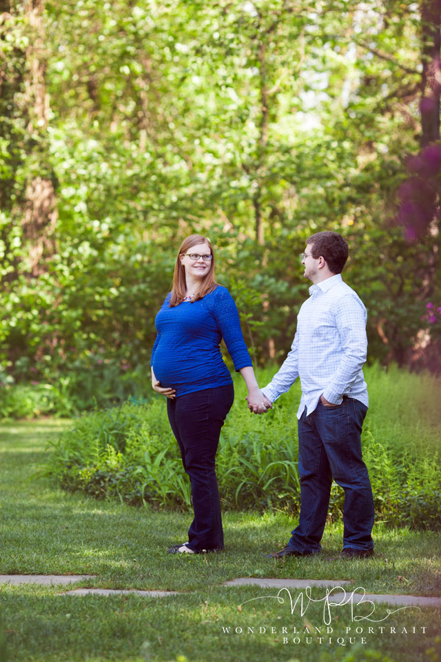 Doylestown-Maternity_Photographer, Newtown PA, Maternity session at sayen gardens, Wonderland Portrait Boutique,  Holland PA