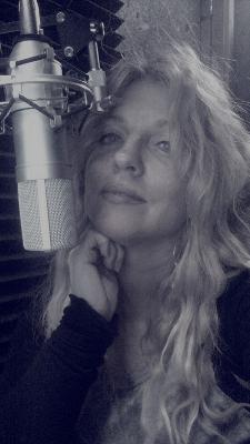 Helen Habel, She's Got Voice!