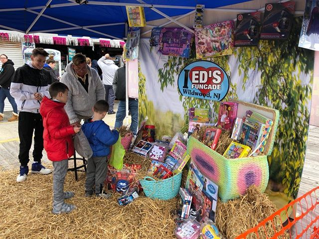 Happy Easter from Eds Funcade 23rd and boardwalk Easter egg hunt going on until 130 today