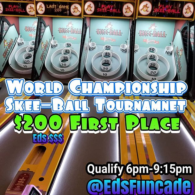 Hey Funcaders, it's Saturday in July which means World Championship Skeeball only @edsfuncade. See you tonight at the Lincoln Ave location between 6pm-9pm. Your top 5 games make your score #summer #wildwood #nj #jerseyshore #boardwalk #giveaway #drawing #beach #skeeball #arcade #theshore #winner #eds #jackpot #wonka #willywonka #wildwood365