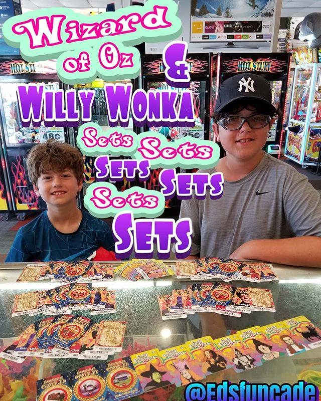 Greg (Mr.VIP) & Steven winning TOTOS and Golden Tickets for sets on sets on sets. #summer #wildwood #nj #jerseyshore #boardwalk #giveaway #drawing #beach #skeeball #arcade #theshore #winner #eds #jackpot #wonka #willywonka #wizard #wizardofoz
