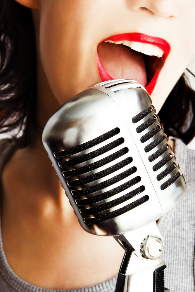 red-lips-old-mic.jpg
