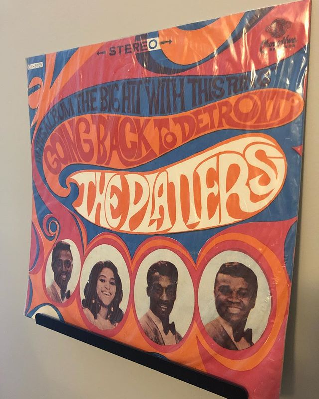 Morning spin, The Platters - Going Back to Detroit. Discovered this was a pressing from China from Chung Hwa Records. Seems rare, I can't find details on it anywhere. Any collectors know anything? • • • #theplatters #vinylcollection #vinylgram #vinylcommunity #nowspinning #vinyl #nowplaying #nowlistening #music #album #recordcollection #records #analog #listen #lp #instavinyl #vinyladdict #vinyljunkie #vinylrecords #vinyllover #vinyligclub