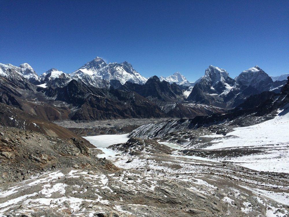 View of Everest from Ren Jo La pass near Gokyo in upper Solukhumbu