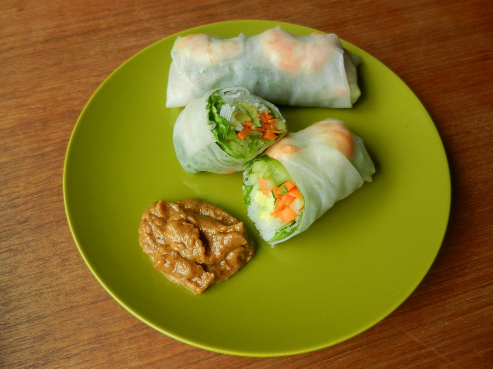 This homemade fresh spring roll recipe is great paired with peanut sauce.