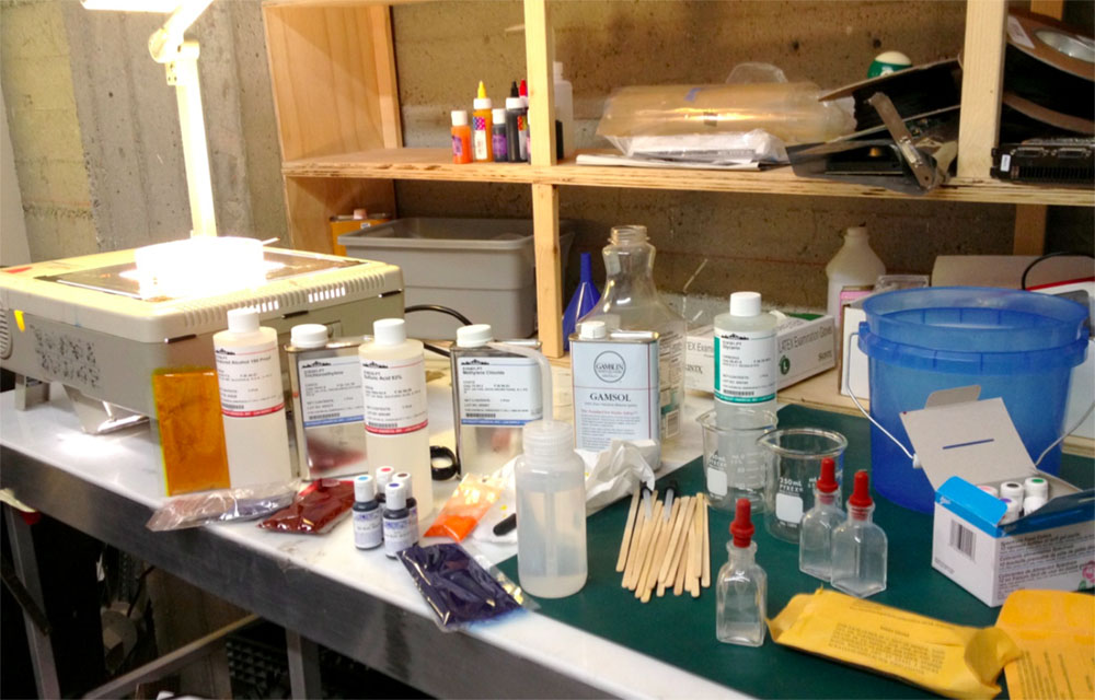 Chemicals for experiments in thermodynamics / miscibility