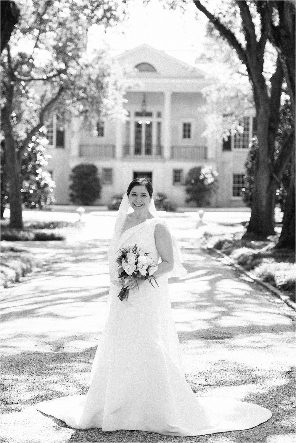 Heather + Scott-Longue-Vue-house-and-gardens-black-tie-wedding-photos_Gabby Chapin_Print_0024_BLOG.jpg
