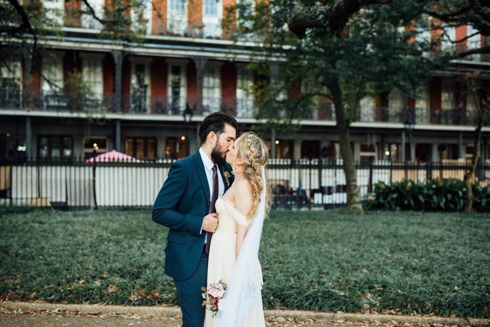 Liz + Raymond-Jackson-Square-New-Orleans-Wedding_Print_0312.jpg