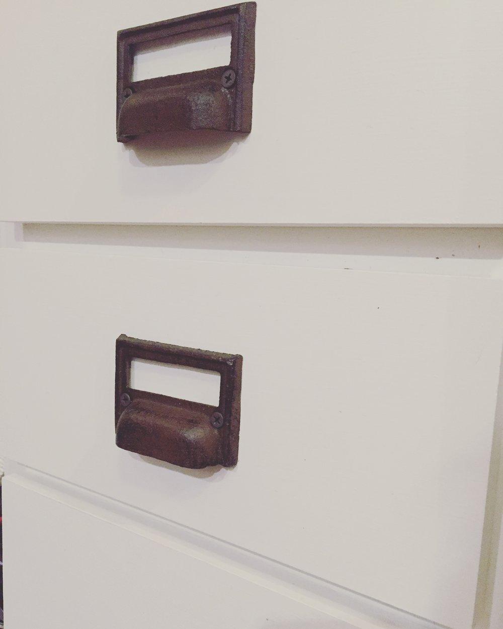 drawer-pulls-2.jpg