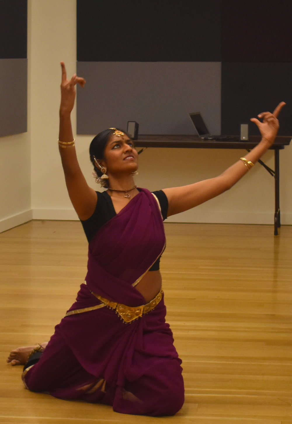 Shilpa  Darivemula brings her Aseemkala Initiative, marrying traditional Indian dance and contemporary medical practice, back to the IHRAF stage.