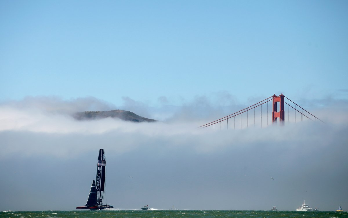 oracle-team-usa-warms-up-as-the-morning-fog-begins-to-break-up