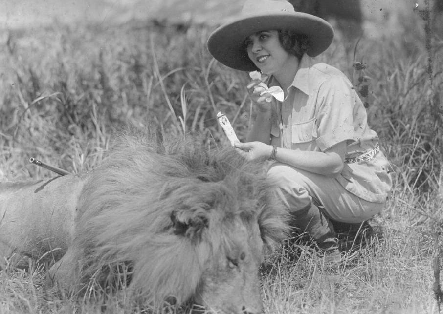 b241-osa-johnson-with-dead-lion-a-tube-of-cosmetic-make-up-copy