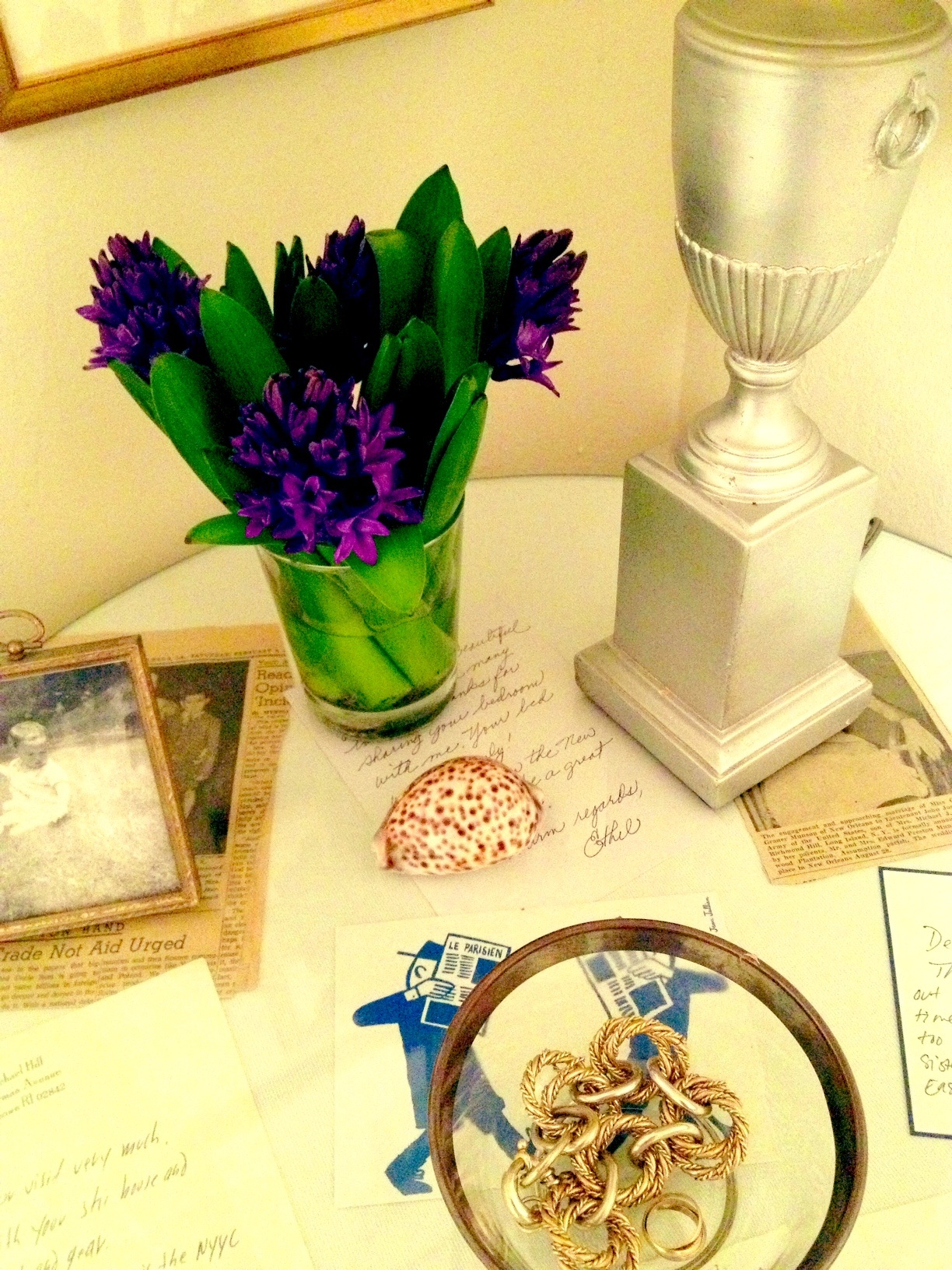flowersbedside