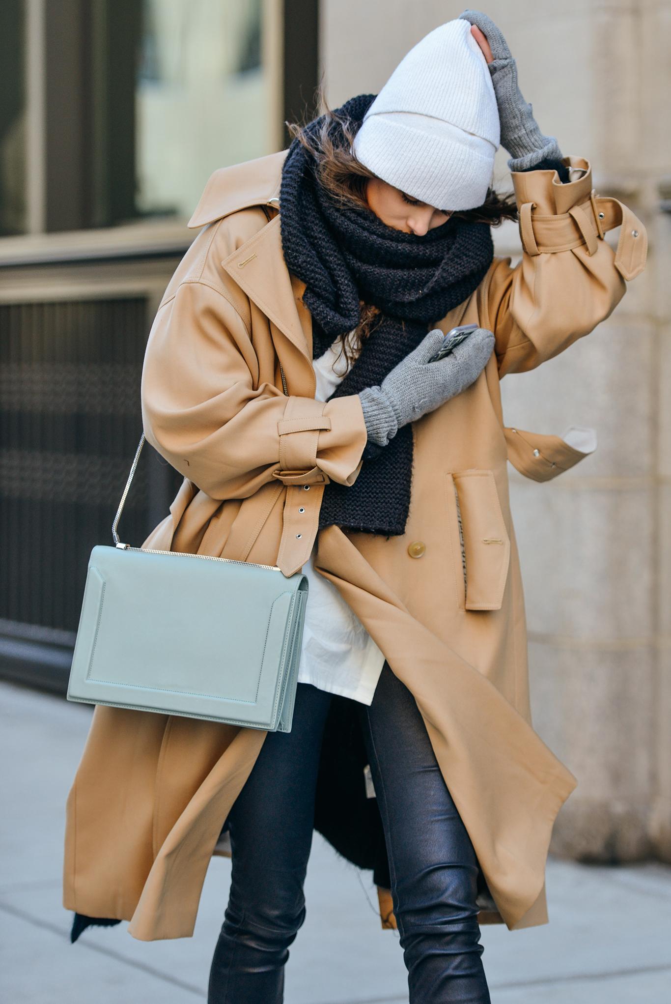 27-fall-2015-ready-to-wear-street-style-16