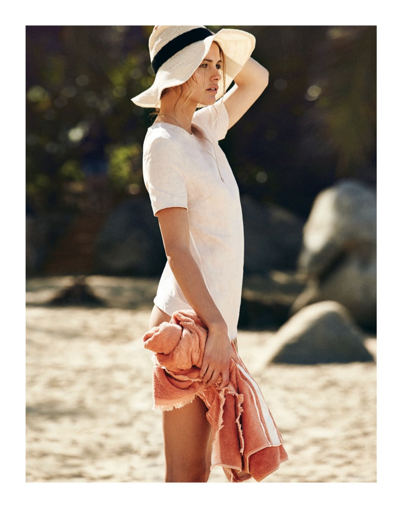 edita-vilkeviciute-beach-shoot-2015-08-1