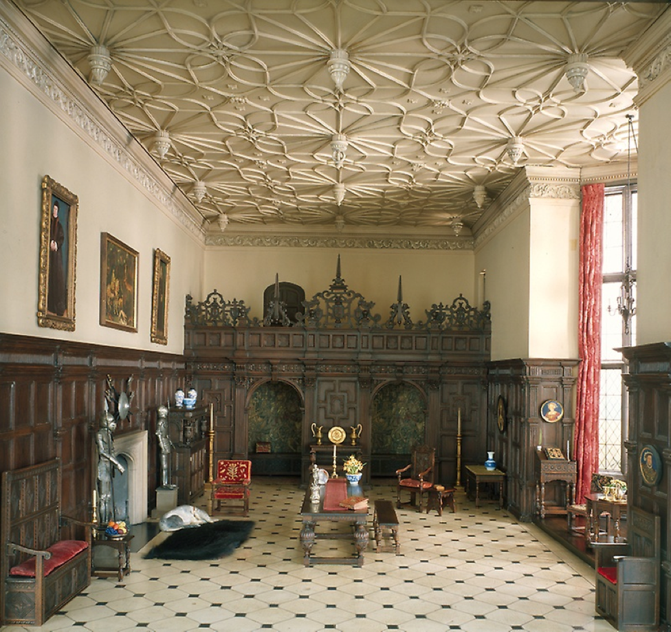 English Great Room of the Late Tudor Period (E-1). Image Courtesy of the Art Institute of Chicago.