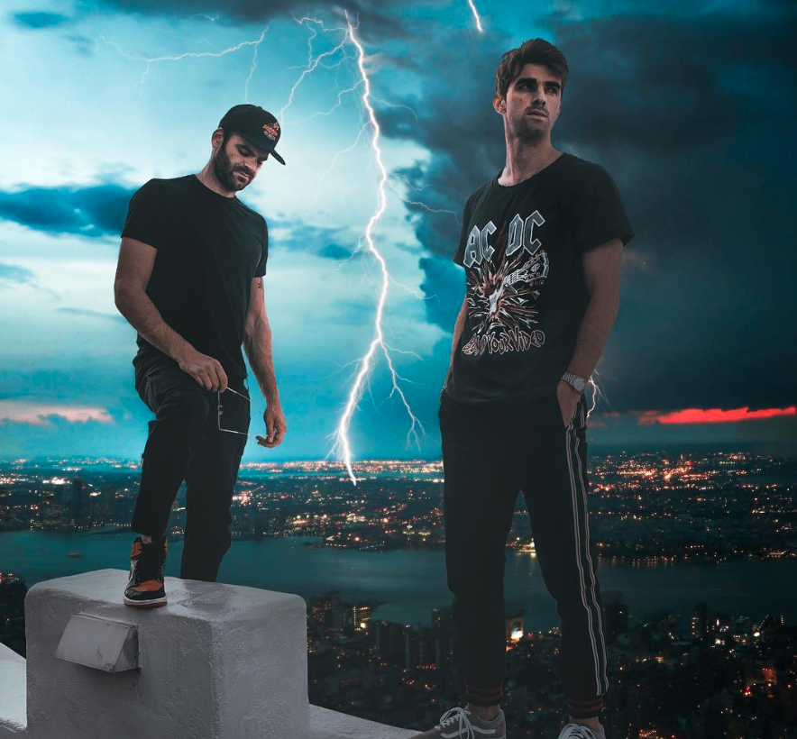 Image Courtesy @thechainsmokers