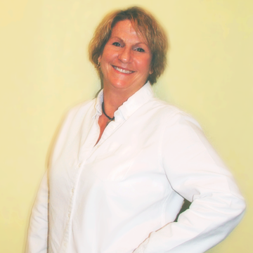 Kim – Master Stylist & Color Expert - Kim is a fully-certified cosmetologist and Master Stylist for 35 years and is a coloring expert.  She specializes in men's hair styling and shorter hair styles requiring simple cuts, wash, and blow dry.