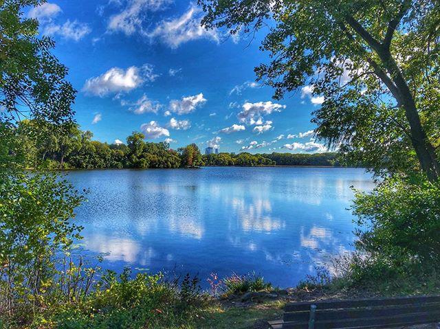 #minny #minneapolis #mpls #cedarlake #landof10000lakes #lake