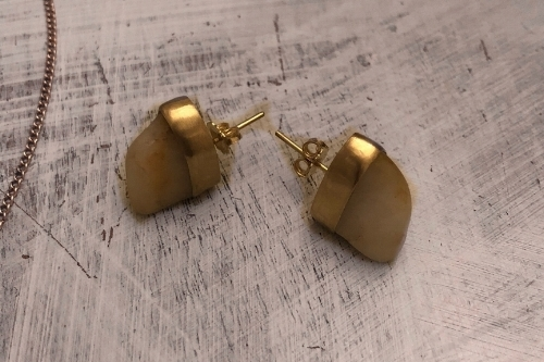 4.  AFTER : Found Rock earrings, 18k yellow gold