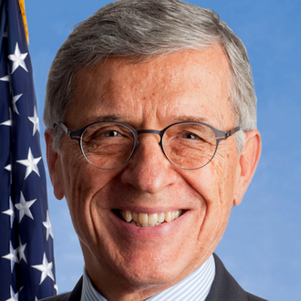 Tom Wheeler   Former Chairman, FCC   Tom served as Chairman of the U.S. Federal Communications Commission under President Obama from 2013 - 2017.  Tom is a prominent investor, entrepreneur, author, and advocate in the telecom, media, and wireless start-up ecosystem. Lives in DC.