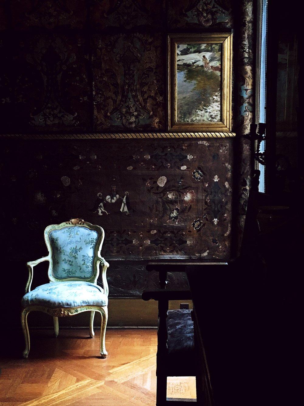 Isabella Stewart Gardner Museum chair